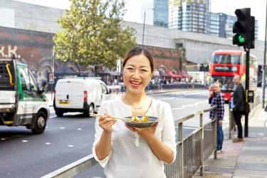Lunchtime dumpling giveaway at King's Cross