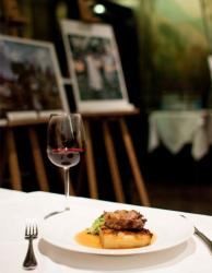 Fine wine and food with a side of culture, we take a   look at Rex Whistler restaurant at the Tate