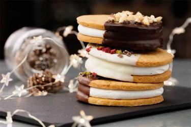 Aubaine has a festive s'mores pop-up at Selfridges for Christmas