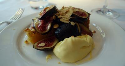 Roast beef and otherwordly puddings - Sunday lunch at Quo Vadis