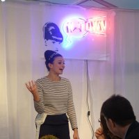 Gizzi Erskine holds court