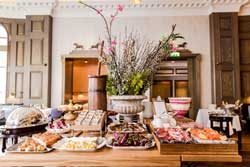 Roux Farmhouse Brunch – exclusive Hot Dinners 20% off