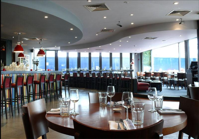 Lower east east london restaurant reviews hot dinners for 10 york terrace east london