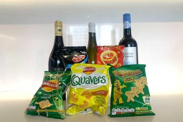 The ultimate guide to pairing crisps with wine