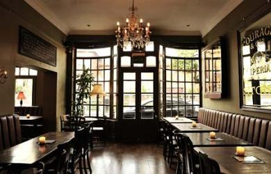 Test driving the Mall Tavern in Notting Hill