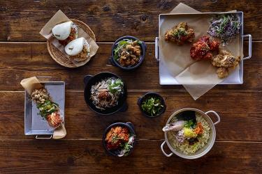 Linda Lee's On the Dak opens in Covent Garden with heaps of Korean chicken