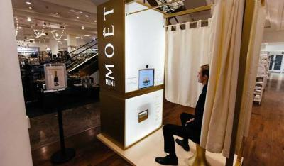 Selfridges launch a Moët & Chandon champagne photobooth for Christmas