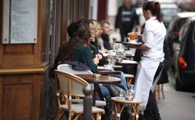 London's restaurant folk do their bit to #supportparis
