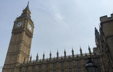 Parliament's bar closing time exemption is overturned - updated