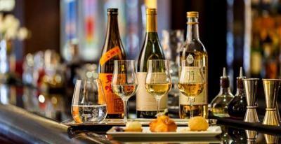 Sake flights and lobster rolls on the menu at Park Lane's Bar 45