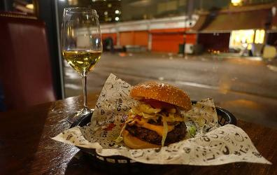 Test Driving Lucky Chip Burgers and Wine - wine-matched burgers in Dalston