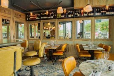 Greenwich Kitchen wine-led restaurant opening on Peninsula Square