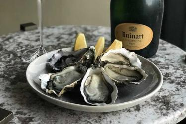 The Oyster Bar pops up with seafood and champagne at the Notting Hill Fish Shop