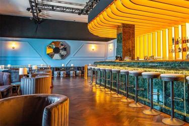 New Yorkers get their own Lyaness bar - and it's the spitting image of the one here