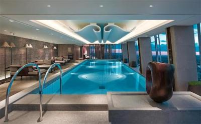 Get a drink by the pool at the top of the Shard and Shangri-La's Skypool