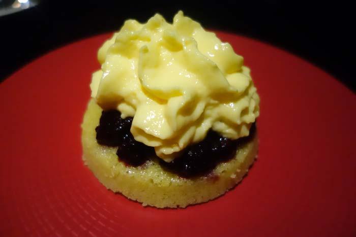 Crumb Cake Courgette