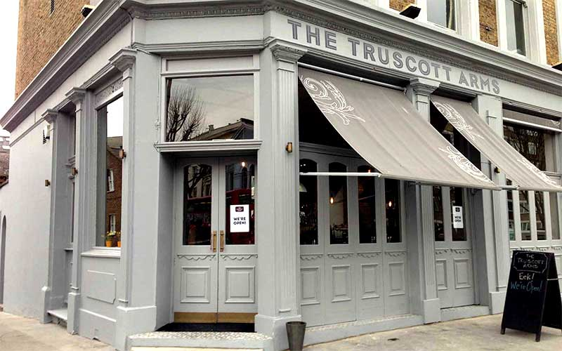 The Truscott Arms Returns With Racines Henry Harris Leading
