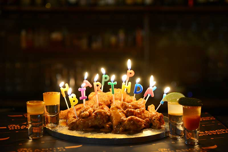 Orange Buffalo Are Now Doing A Chicken Wings Birthday Cake Latest