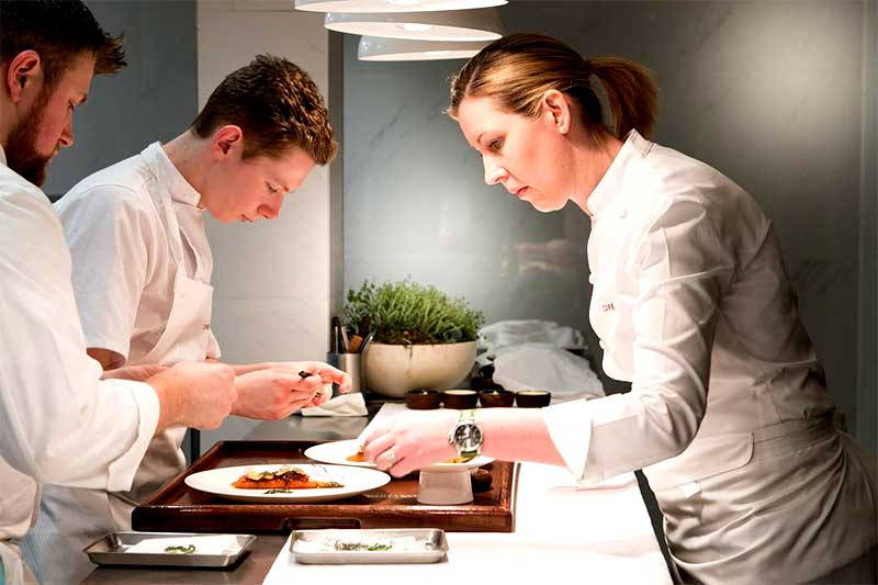 core by clare smyth good food guide 2019