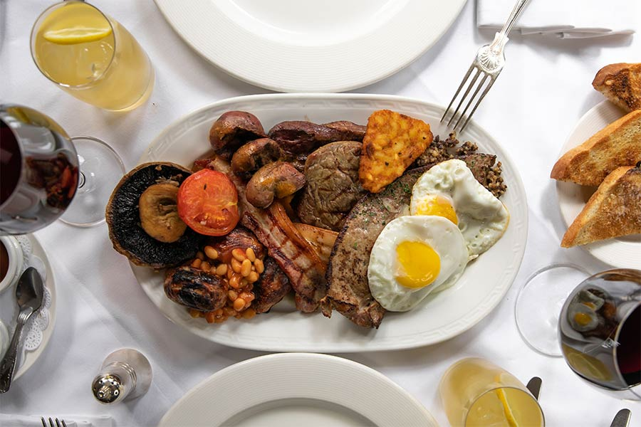 The Guinea Grill breakfast