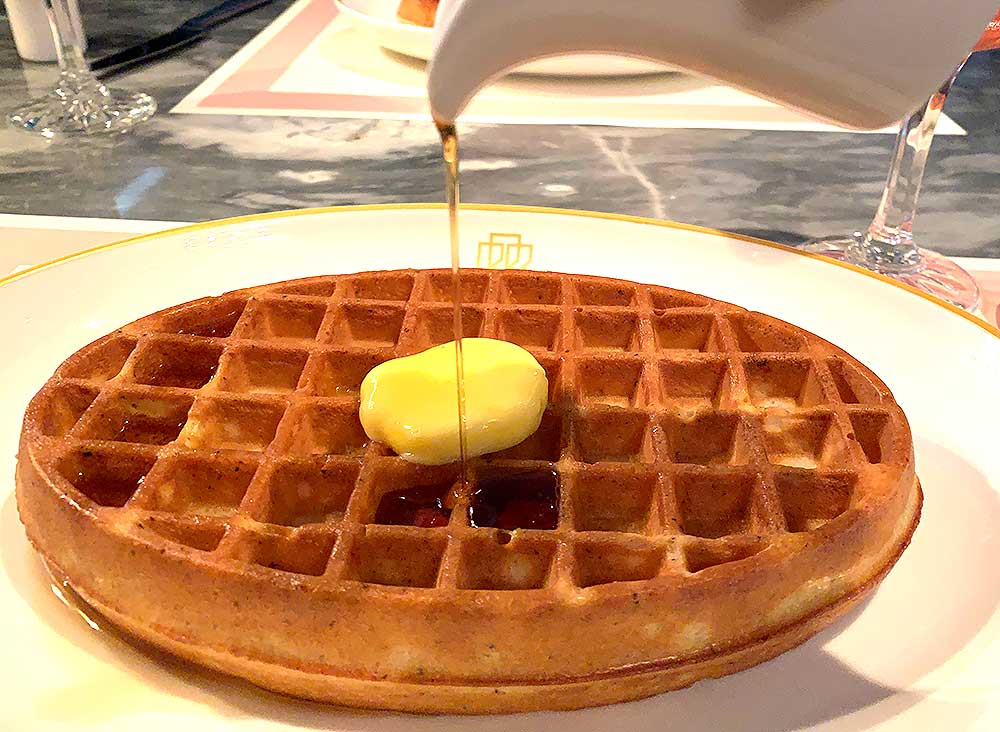 waffle and bellini hour at bob bob ricard review