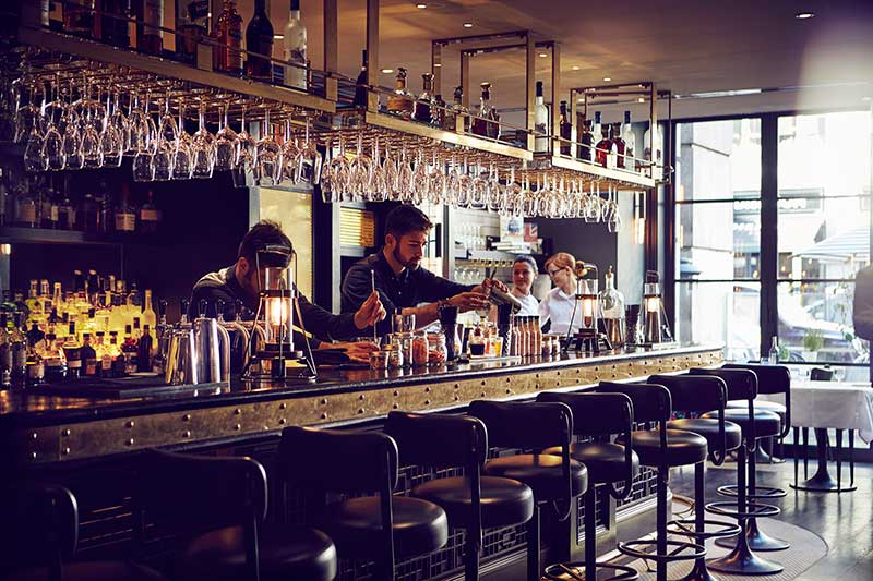 Tredwells bar 03