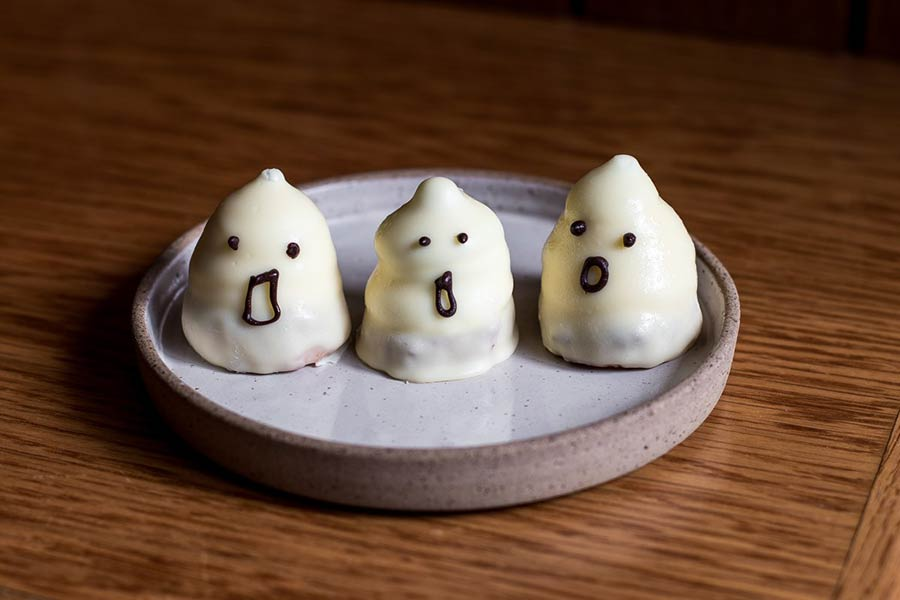 Ghost desserts from Jacob the Angel