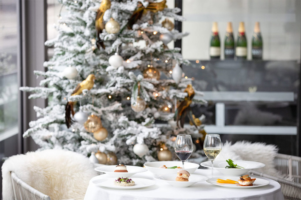 Christmas Day Dinner London 2021 Restaurants Open In London On Christmas Day 2020 Hot Dinners Recommends Hot Dinners