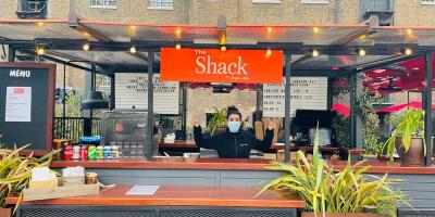 Burger & Lobster open their lobster shack for business at West India Quay