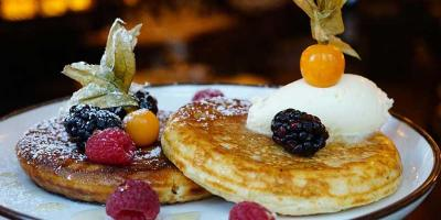 Enjoy spring with 20% off on your Hovarda bottomless brunch menu