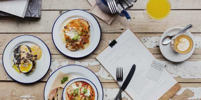 Enjoy 50% off pre-booked bottomless brunch on Sundays in November and December at Ask For Janice