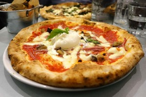 Test Driving Santa Maria Fitzrovia - a classic pizzeria comes into the centre of town